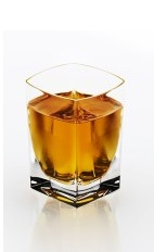 The Bohemian Disaronno is an orange shot made from Disaronno and absinthe, and served over ice in a shot glass.