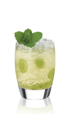 The Cap Noilly is an exciting drink inspired by the Brazilian caipirinha drink; made from Noilly Prat original, white grapes and sugar, and served over ice in a rocks glass.