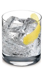 The Citroen is a clear colored drink made from Ketel One Citroen vodka and club soda, and served over ice in a rocks glass. Enjoy this refreshing fizzy drink any time of the day, any season of the year.
