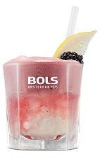 The Foamy Bramble is a fruity pink cocktail perfect for a summer party. Made from genever, lemon juice, simple syrup and Bols Cassis Foam liqueur, and served over ice in a rocks glass.