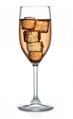 The Sparkling Amaretto is an orange colored drink made from Disaronno liqueur and sparkling wine or champagne, and served in a wine glass over ice.