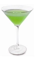 For the beautiful lady in your life, only the best will do. The Bella Donna cocktail recipe is a green colored drink made from apple schnapps, melon liqueur and kiwi syrup, and served in a chilled cocktail glass.